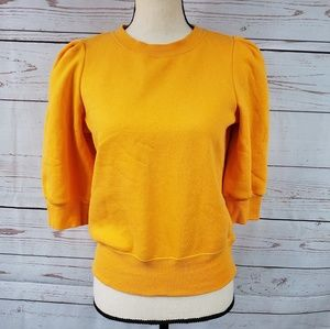 H&M Tops - H&M fleece lined cropped sweater w/ shoulder puffs